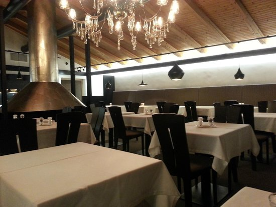 ArtHotel Anterleghes - Gardenahotels: Dining room