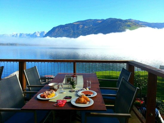 Seevilla Freiberg: Breakfast with a view