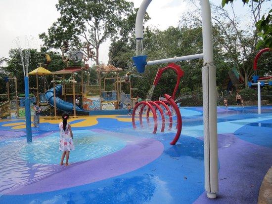 Singapore Zoo: something for everyone