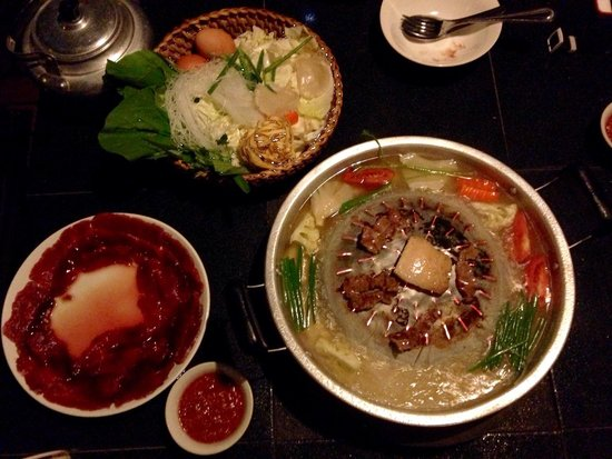 Dyen Sabai Restaurant: Lao fondue (with buffalo meat)