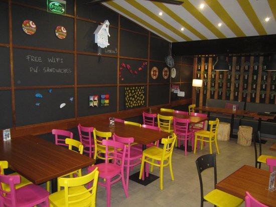 Bolse Vita: Newly renovated sitting area!