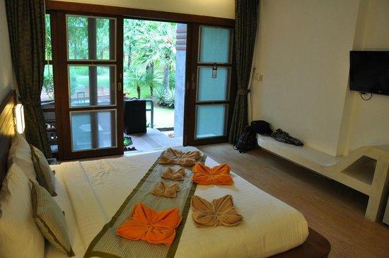 Montalay Beach Resort: Pokój