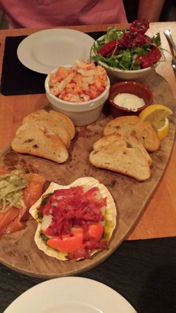 The King's Head Hotel: Seafood sharing platter