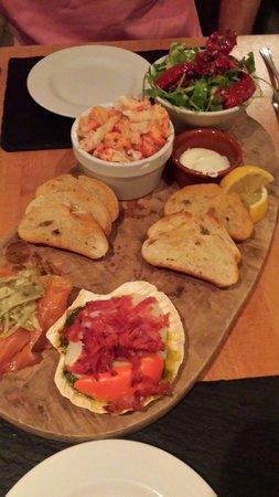 ذا كينجز هد هوتل: Seafood sharing platter
