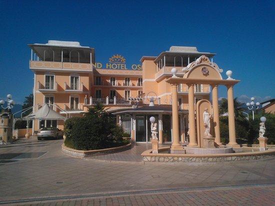 Grand Hotel Osman: frontale