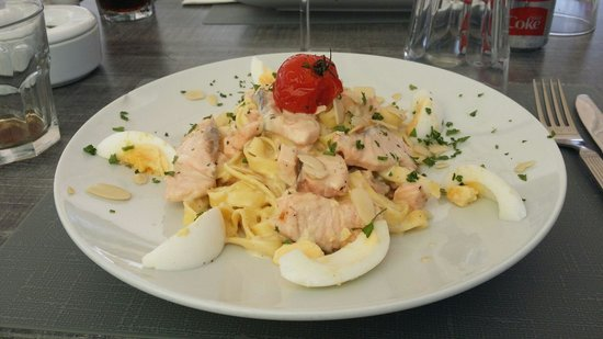 Dreams Beach Bar & Restaurant: Tuna and pasta