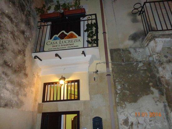 B&B Casa Lucrezia: prospetto