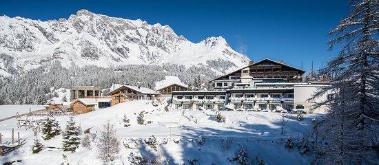 Ubergossene Alm Resort: Hotelaußenansicht