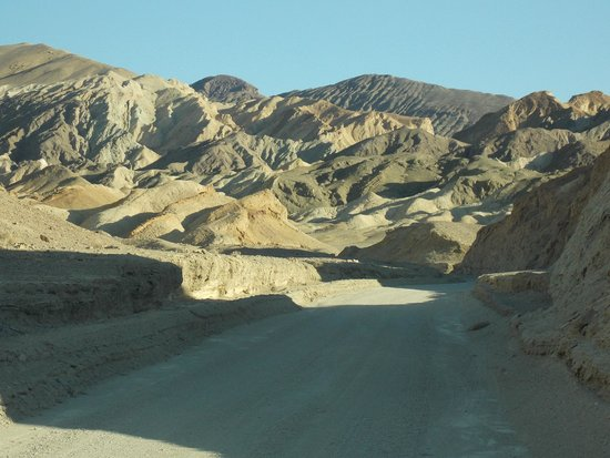 Twenty Mule Team Canyon: Stunning terrain