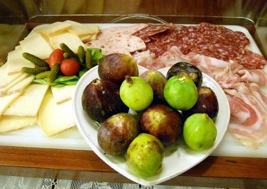 Hotel Citta dei Mille: Fichi a colazione