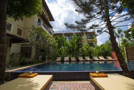 Malika d'Angkor Boutique Hotel: Outdoor Pool