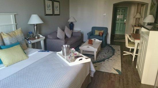 Hotel Indigo Sarasota: Indigo Sarasota - large room