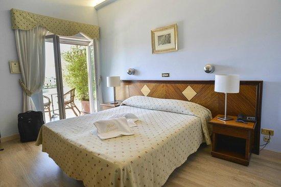 Hotel Cacciani: CAMERA CON BALCONE