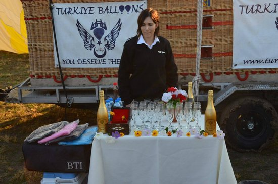 Turkiye Balloons: Post Balloon Champagne with our co-pilot