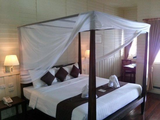 Buddy Oriental Riverside Pakkred: classic bed