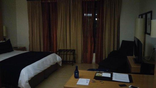 Island Club Hotel & Apartments : Island Club