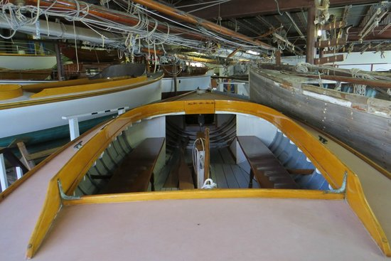 Herreshoff Marine Museum and America's Cup Hall of Fame : Some of the meat in the sandwich...
