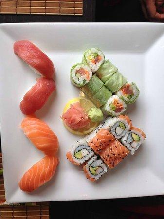 sakura: Sushis, Royal Makis et Makis Printemps