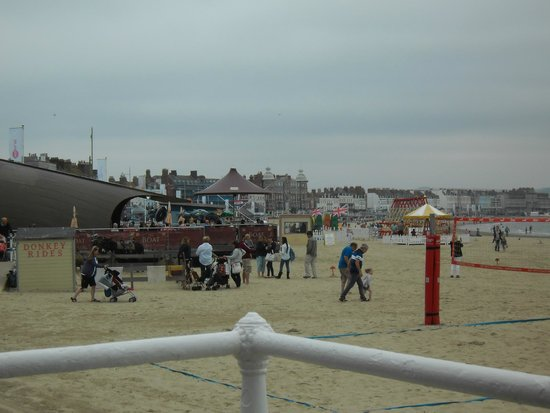 Weymouth, UK: The Lovely beach