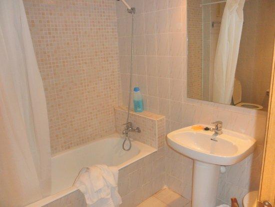 Jaime I Hotel: Baño