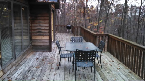 Berkeley Springs Cottage Rentals: Back Deck