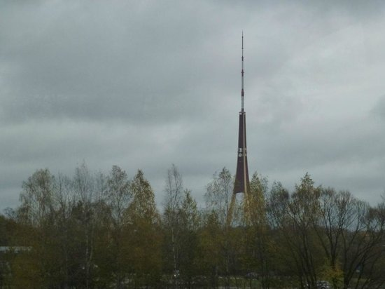 Riga Free Tour : steeple Riga Radio and TV tower