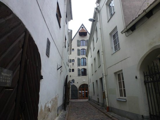 Riga Free Tour : Riga street
