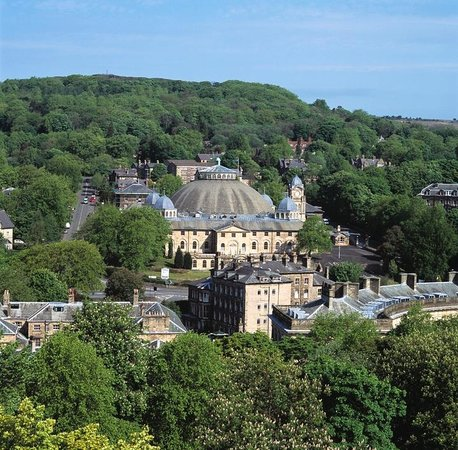 Buxton, UK: The Devonshire Dome - town view