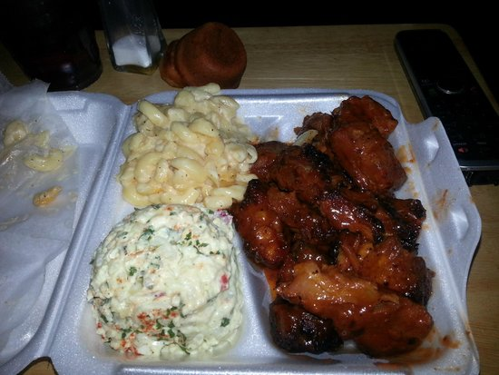 This Is It! BBQ and Seafood- Morrow Rib tip Dinner Plate & Rib tip Dinner Plate - Picture of This Is It! BBQ and Seafood ...