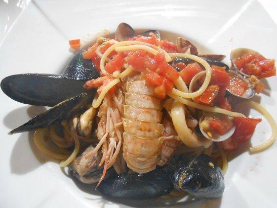 Ristorante Gazebo Medioevale: piatto del primo di pesce