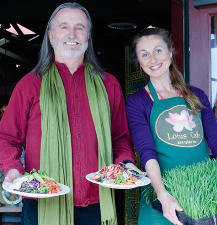 """Lotus Cafe and Juice Bar : carl and johanna, owners: """"We love healthy, natural foods!"""""""