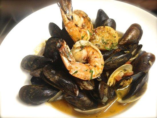 Thyme: Lotta Mussels