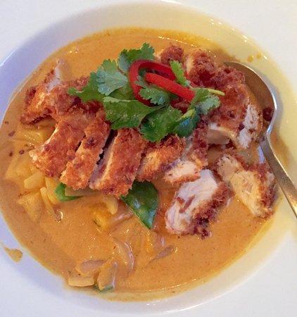 Crispy Chicken Yellow Curry