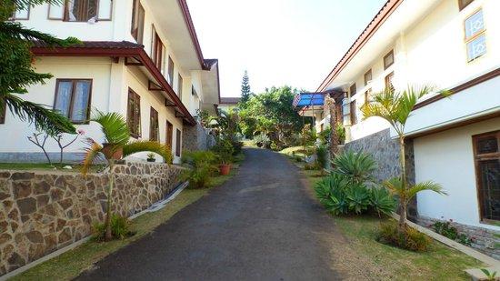 Kongregasi Santa Maria Berdukacita: hotel