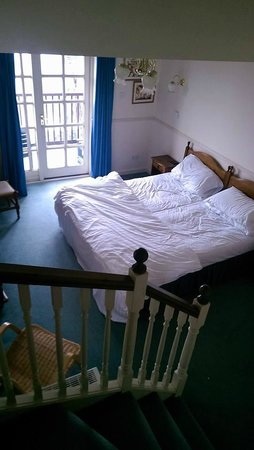 Barclay House: bedroom