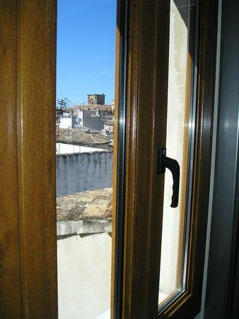 Puerta de Las Granadas : View from room