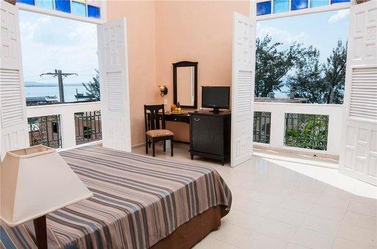 Hotel E Ordono: Interior Suite Hotel E Ordoño