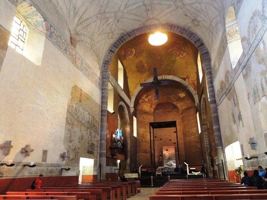 LA NOUVELLE MESSE DOIT ÊTRE REJETÉE POUR DES RAISONS MORALES, par le Rév. P. Joaquín Sáenz y Arriaga (espagnol/français) Cathedral-of-the-asencion