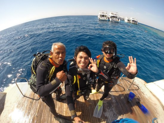 Diamond Red Sea Divers: Great time with this awesome cool instructor. :)