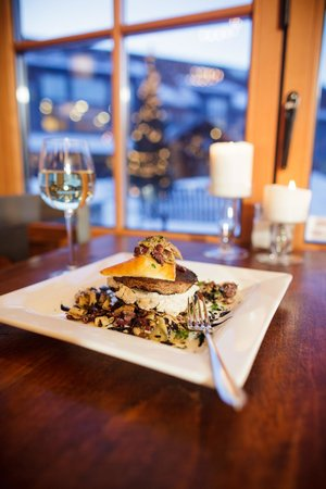 Timbers Restaurant : Dinner in winter