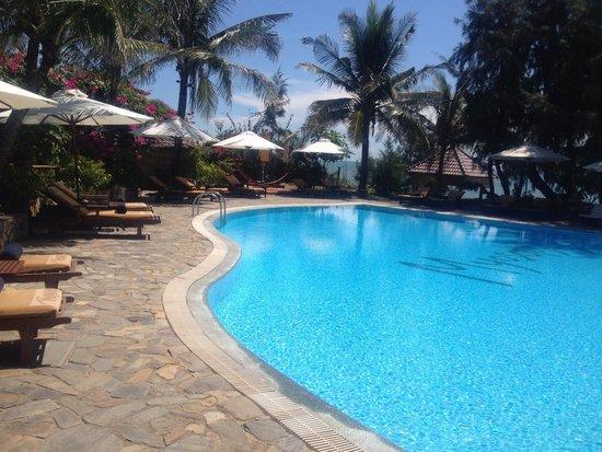 Takalau Resort: The main pool