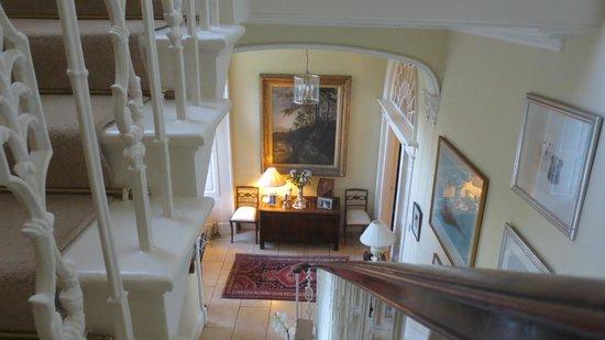 The Glebe House - Elegant entryway
