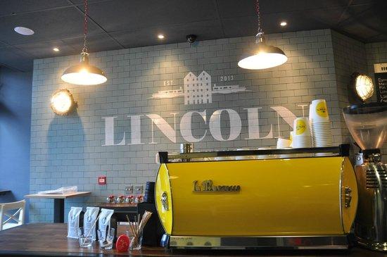 Lincoln Coffee House : Coffee Bar