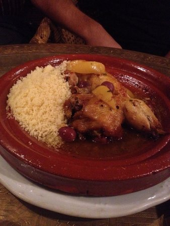 La Khaima: Chicken with lemons and olives tajine