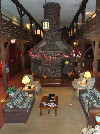 Heidelberg Inn: Le grand hall et sa cheminée