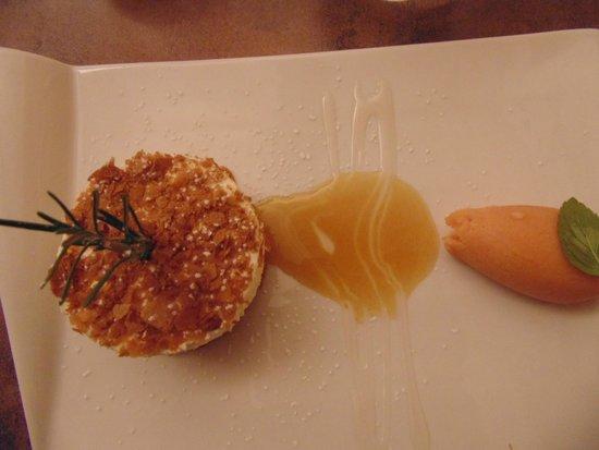 Restaurant Jean-Michel Couron: Mousse au mascarpone, émulsion de pain d'épices et sorbet tomate citron vert