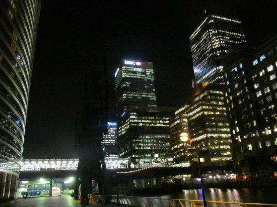 Marriott Executive Apartments London, West India Quay : Canary Wharf - Outside Hotel