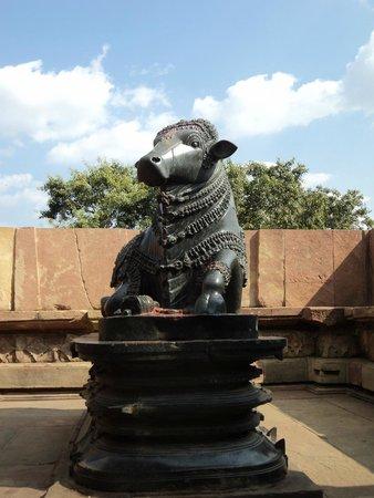 Telangana, India: Nandi @ Ramappa Temple