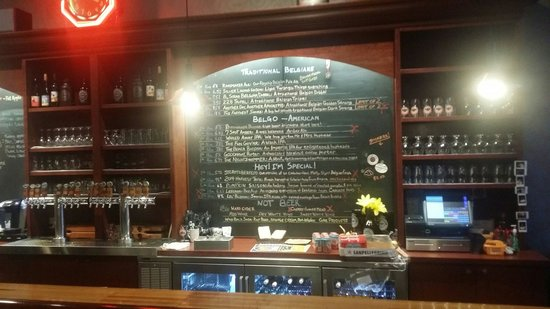 Stormcloud Brewing Company: Bar