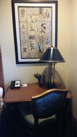 Hotel Brandwood : Hotel Room Desk
